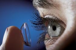 Контактные линзы - причина кандидоза глаз