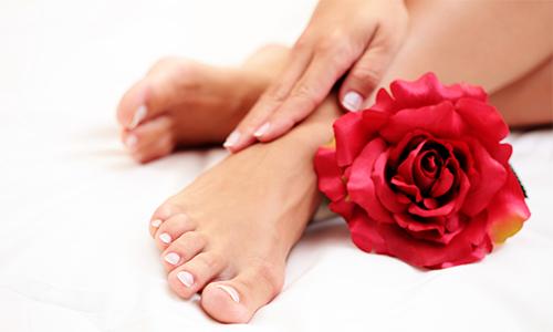 Проблема грибка на ногтях ног