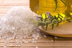 Польза морской соли при грибке стопы
