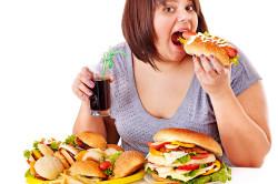 Неправильное питание - причина грибка на лице